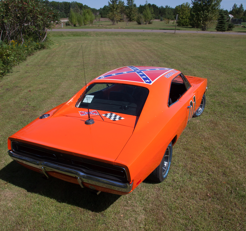 My General Lee Build 1968 Dodge Charger One Of Favorite Places To Take On A Regular Basis Is The Golf Course So I Just Had Have Few Custom Accessories Made For